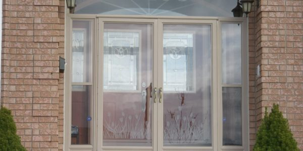 Lifestyle Storm Door & Enclosure